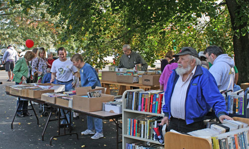 Post image for Library accepting books, baked goods, and volunteers for annual Heritage Day sale