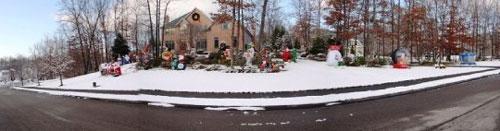 Post image for Photos: Holiday display on Banfill Lane