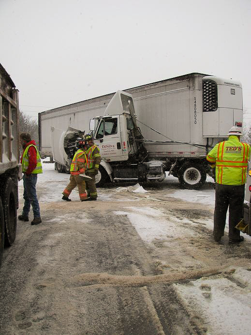 Another truck crash on I-495