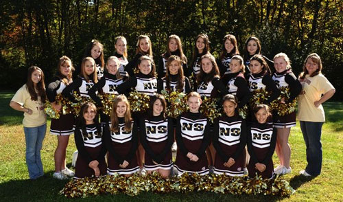 Post image for Eat out tonight and help our Pop Warner cheerleaders get to nationals