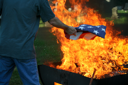 Post image for Annual flag retirement ceremony Thursday – Turn in your worn/torn flags now through that evening