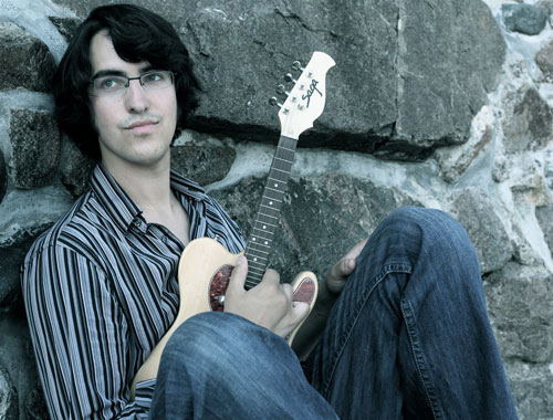 Post image for Marlborough native to perform at Steeple Coffeehouse on Saturday