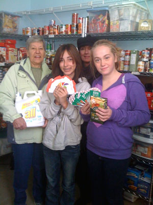 Post image for Southborough Rotary helps out the food pantry