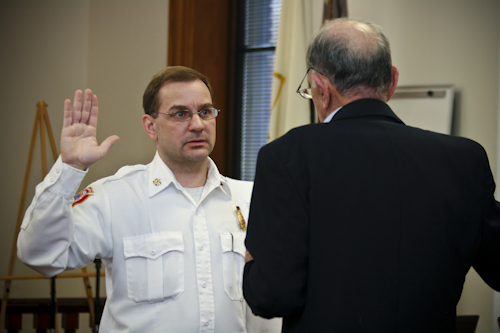 Post image for Mauro sworn in as fire chief