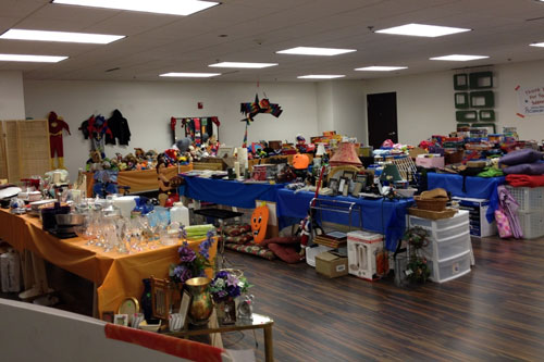 Post image for Open thread: Southborough garage and yard sales this weekend (9/15 & 9/16)