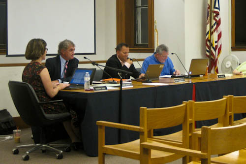 Post image for Town Meeting makes historic decision to expand Board of Selectmen
