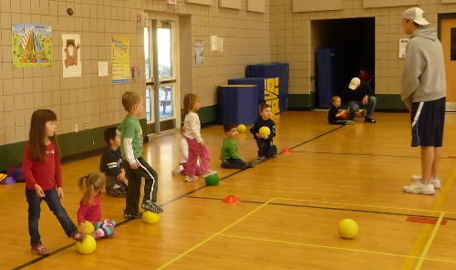 Post image for Early spring sports for Preschoolers: Mini Sports, Mini Ballers, and Soccer