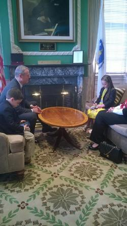 Post image for Read all about it: Woodward 2nd grader gets the scoop in one-on-one with Governor