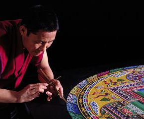 Post image for Fay School welcomes public to view and learn about sacred mandala sand painting – Wednesday