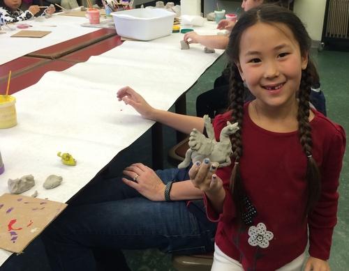 Post image for Art Workshops for kids: Dragons 9/24, Jellyfish 10/1