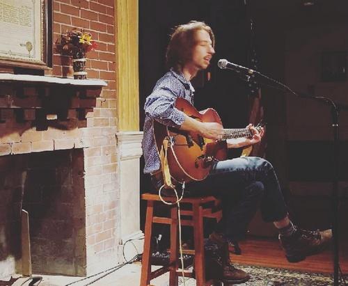 Post image for Derek Johnson (aka Derek Curtis) holding intimate hometown performance for a cause – December 22