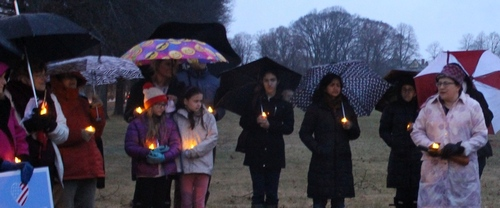 Post image for Photo Gallery: Community vigil for Peace and Unity