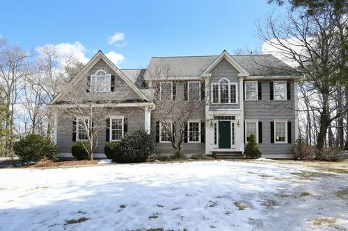 Post image for On the market this week in Southborough (Updated)